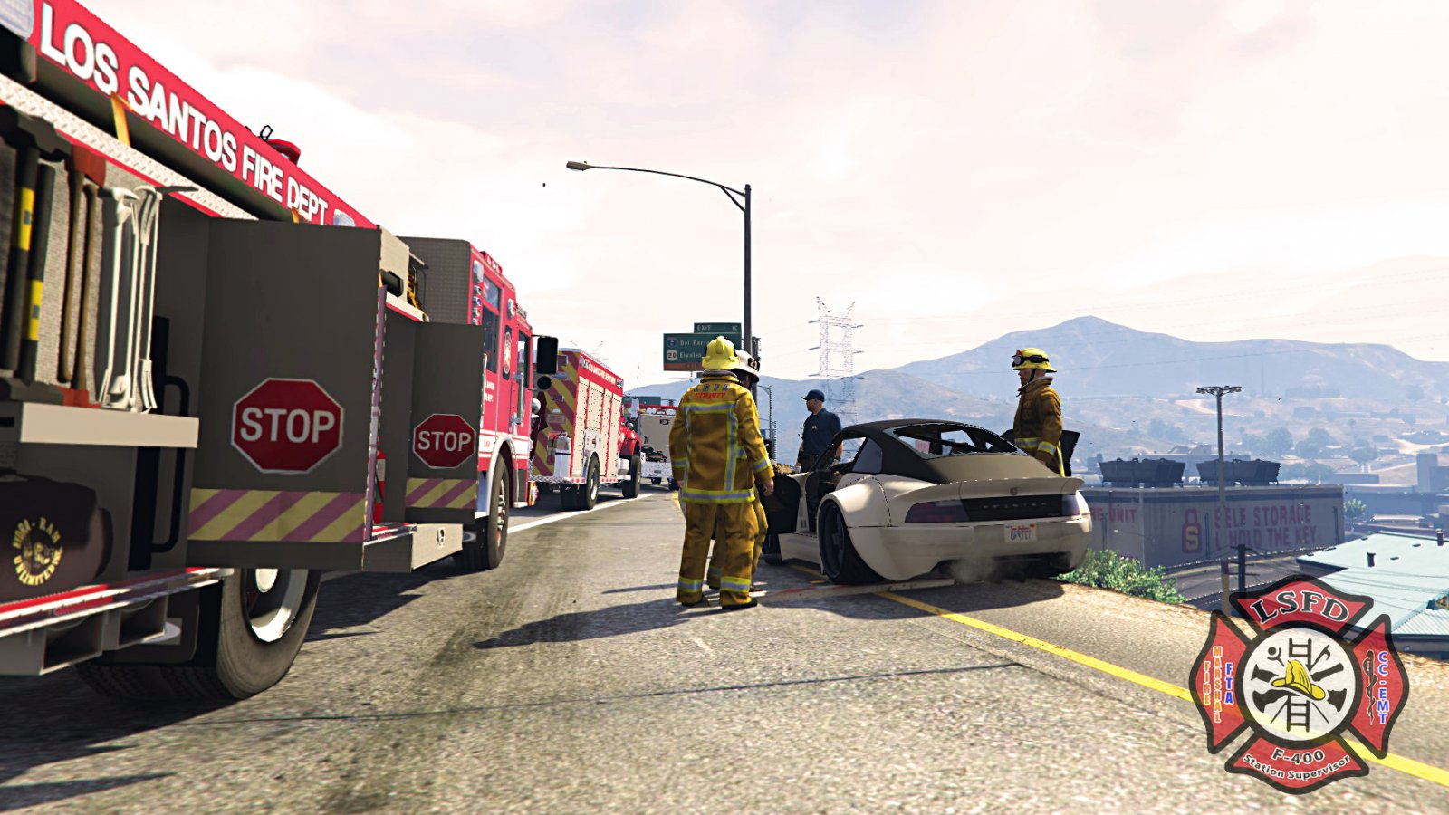 Amazing MVA scene on I-4 couple of days ago. Was able to have a full response from the LSFD, Rescue, Ladder, Engine company, Medic all on scene ! #DoJRP