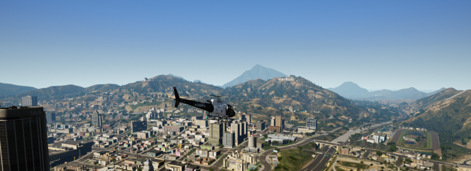 Flying Next To Vinewood