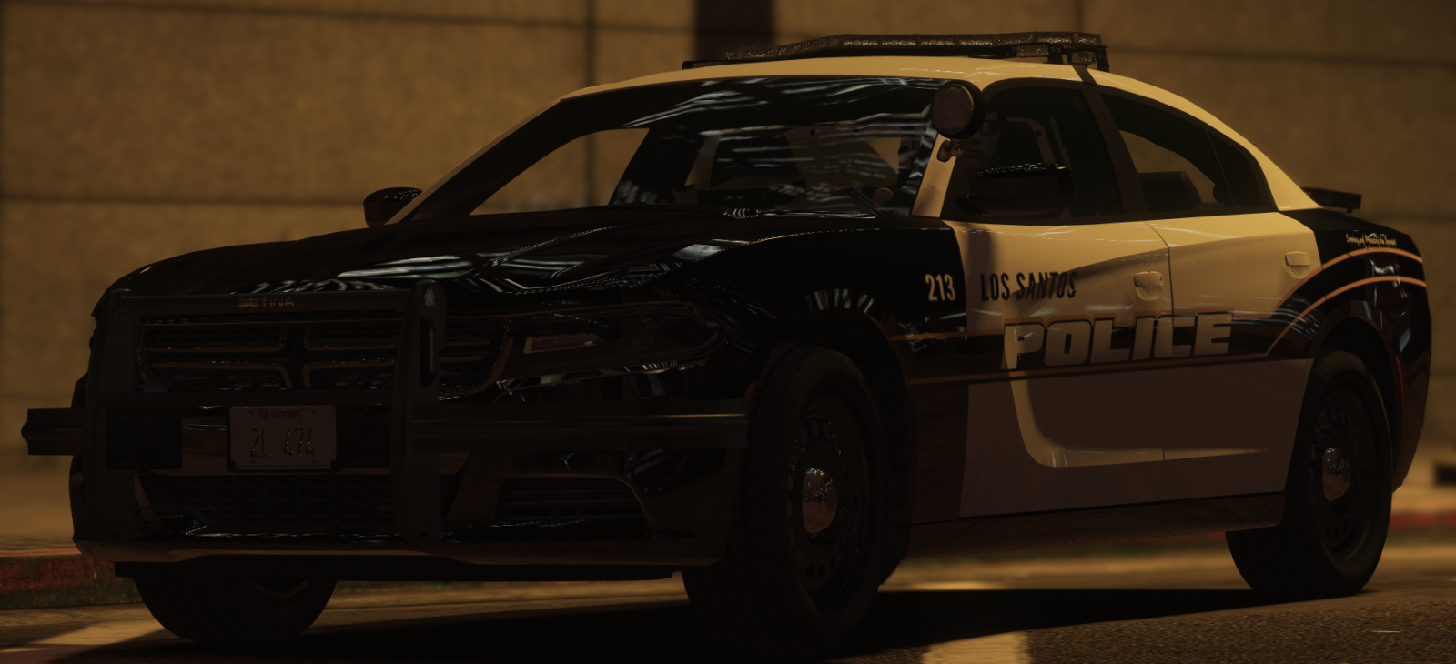Metro Charger Front Dark.png