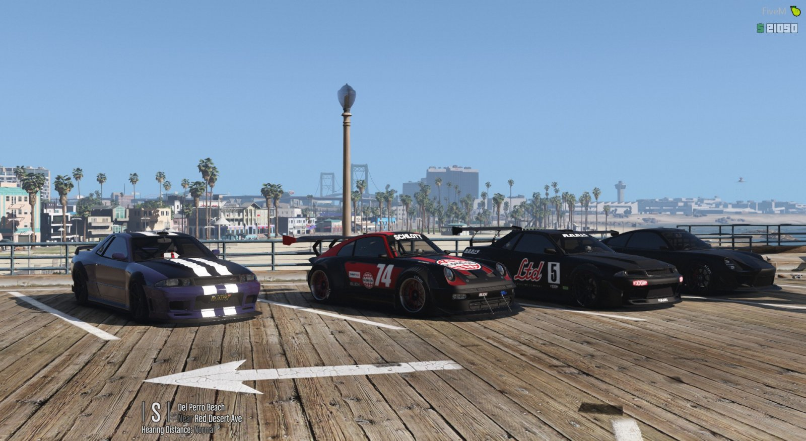 Car meet at Del Perro