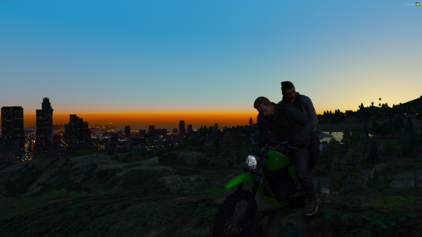 Sunset on the Hill Of Vinewood
