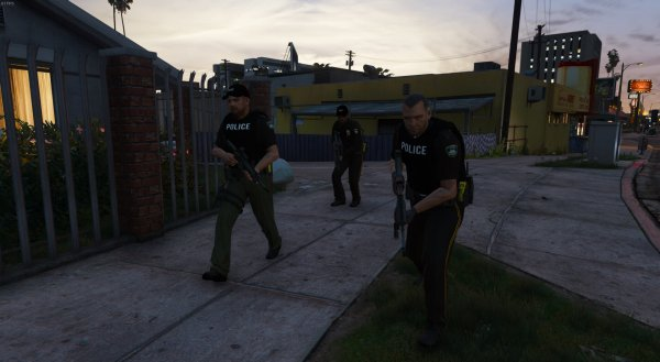 Officers rolling up Forum